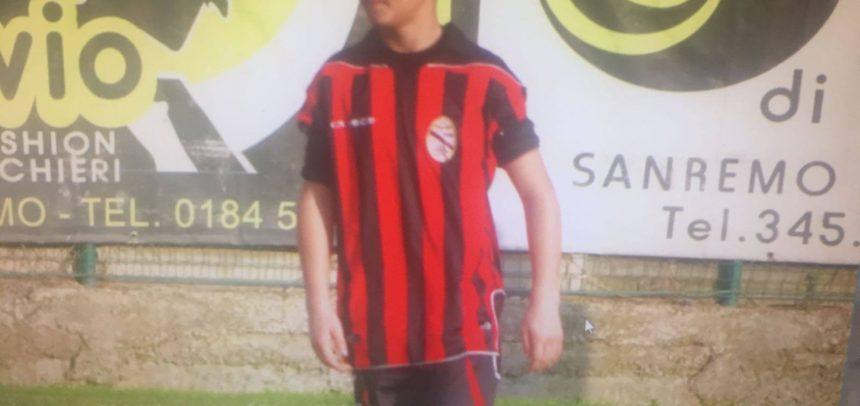 """GIOVANISSIMI. Il bellissimo gol di Francesco Pellicanò contro l'Arenzano:""""Dedicato a Pino Fava"""""""