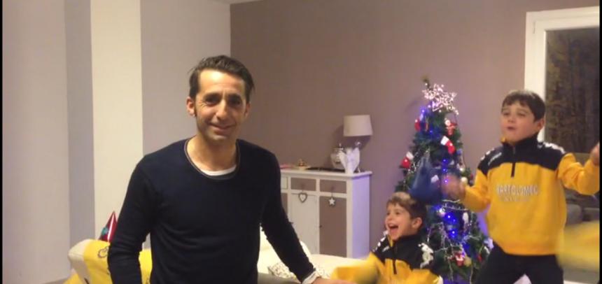 """[VIDEO] Gli auguri per un felice 2017 dal """"Mago"""" Roby Iannolo e dai suo figli"""