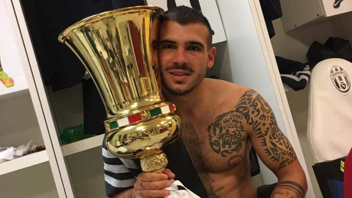 Stefano Sturaro festeggia la Coppa Italia Tim