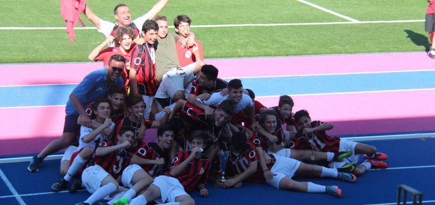 I Giovanissimi Regionali dell'Argentina Arma premiati come miglior squadra giovanile del ponente 2016-17