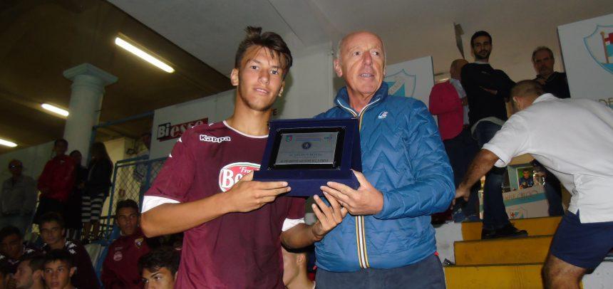 Torneo Internazionale Carlin's Boys, Massimo Tesio premiato come giocatore più giovane della finale