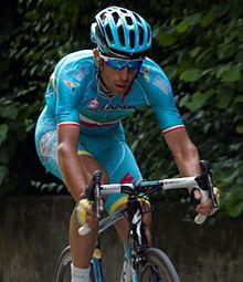 """Lo """"Squalo"""" Vincenzo Nibali vince la Milano-Sanremo"""