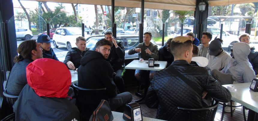 """Argentina, conferenza stampa dei giocatori:""""Sono 4 mesi che non percepiamo nessun rimborso, ma cercheremo di onorare il campionato"""""""