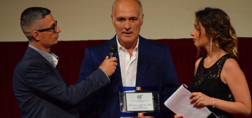 """Alfredo Bencardino vince la Panchina d'oro del Web """"Senior"""" AIAC Imperia"""