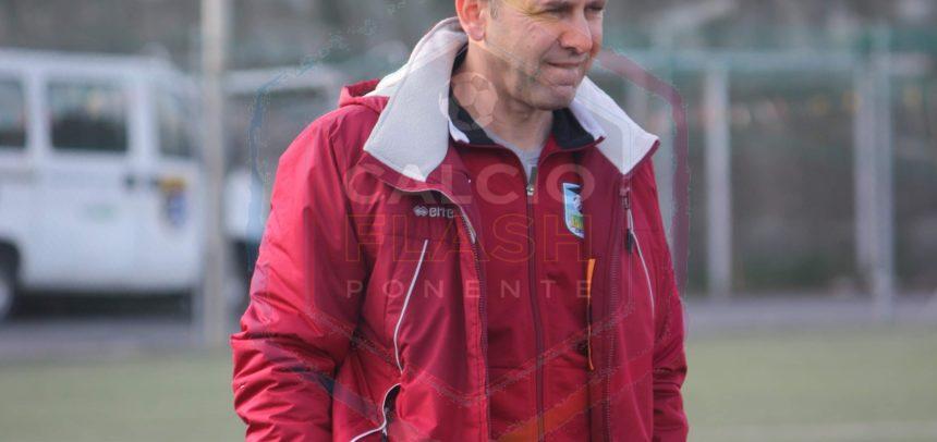"""Oneglia Calcio, mister Bella commenta la vittoria con l'FCD Santo Stefano:""""Bene il risultato, ma non sono soddisfatto della prestazione"""""""