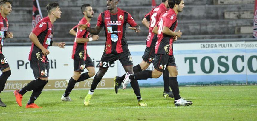 Super esordio tra i professionisti per Pippo Scalzi: entra nel secondo tempo e la Lucchese rimonta da 0-3 a 3-3
